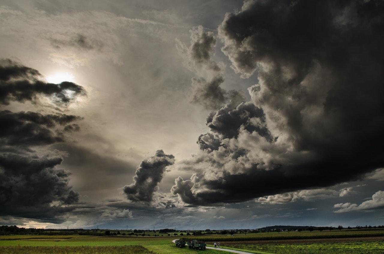 WHAT HAPPENS TO SOLAR PANELS WHEN IT RAINS
