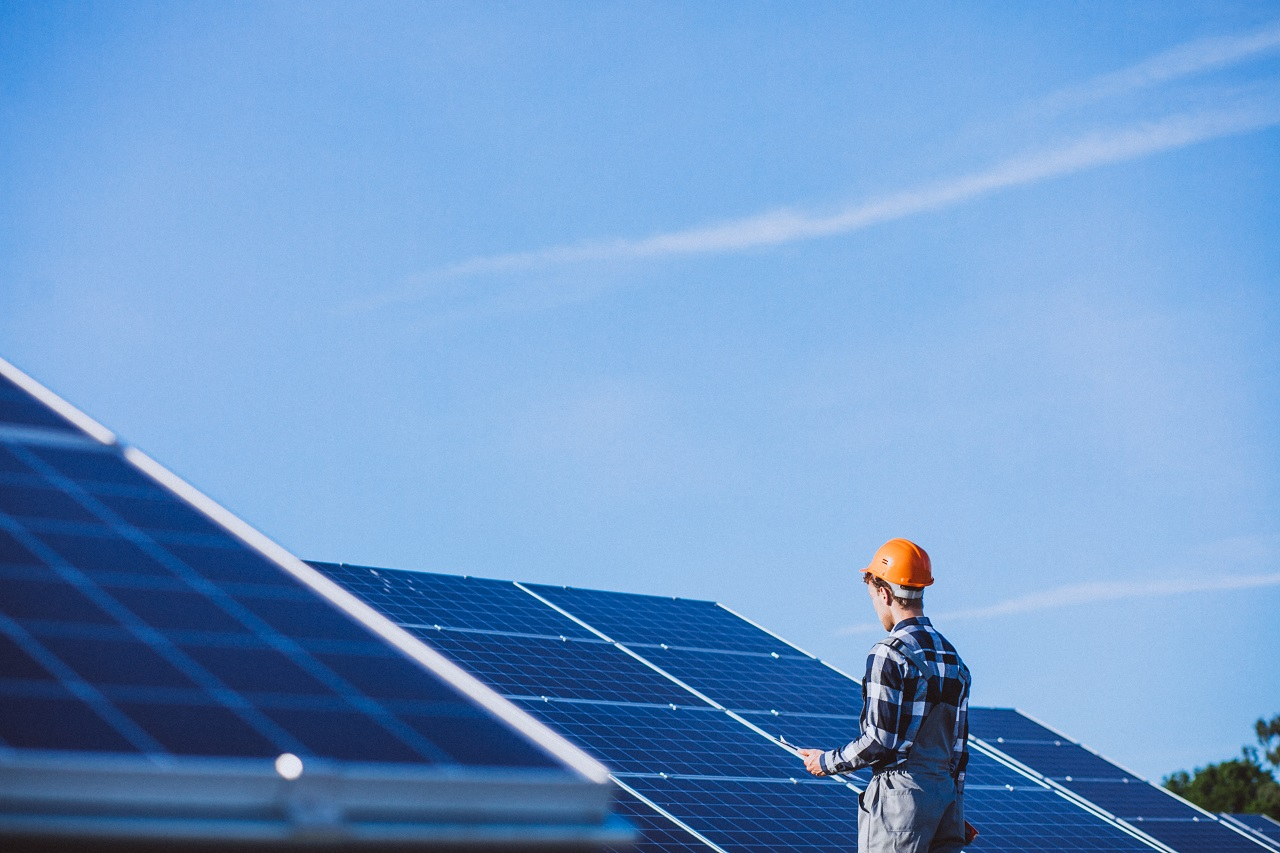 ON GETTING ROOFTOP SOLAR: DO YOU REALLY NEED BATTERIES?