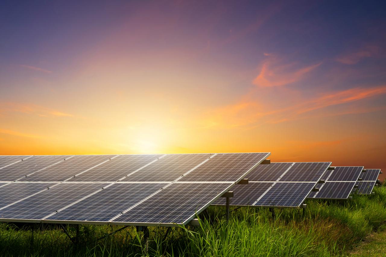 4S: SOLAR, SUSTAINABILITY, SAVINGS, SAVING THE PLANET