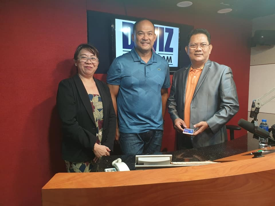 Solaric CEO Mike De Guzman as a live studio guest on DWIZ 882