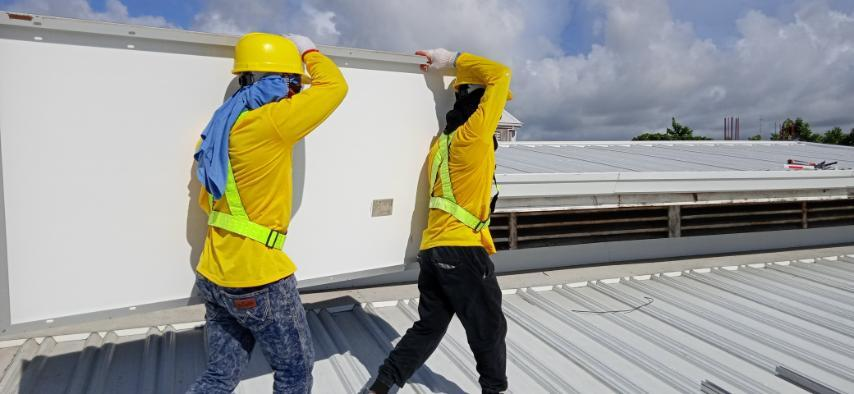 Solaric's hardworking employees on the job